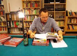 Marco Bertram bei einer Lesung